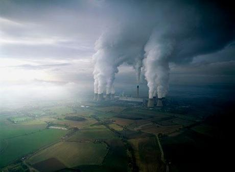Chinese Power Plants Fined for Sulfur Pollution, False Data