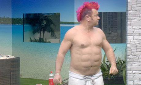 """Mi """"dieta"""" . Darryn-lyons-reveals-fake-six-pack-on-celebri-L-_YeTF_"""