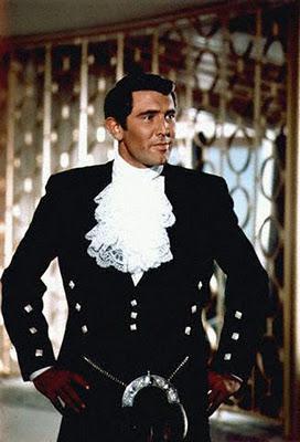 Peores vestuarios de Bond Bond-james-bond-L-l9hNAA