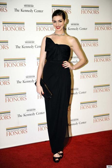 ANNE HATHAWAY KENNEDY CENTERFab Find Friday: Anne Hathaway All Glammed Up