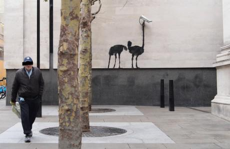 nostopping 460x299 Banksy at The National Gallery