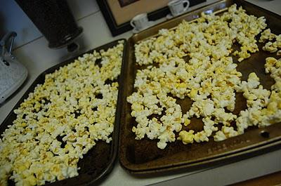 Amish Carmel Corn