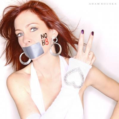 Carrie Preston Joins other True Blood Ladies to Support NOH8 campaign
