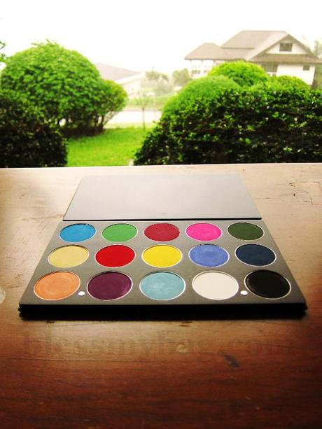 Beauty Pro PH, Crazy Colour Eyeshadow Palette – Quality quite like INGLOT