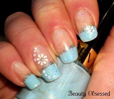NOTD: Holiday Themed Nails- Winter Wonderland