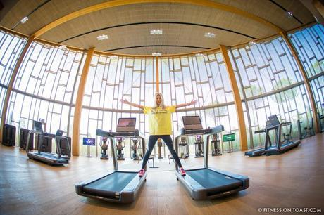 Fitness On Toast Faya Blog Girl Gym Healthy Workout Nutrition Fashion Training Sport Technogym Italy Wellness Campus Mywellness Lifestyle Treadmill Cross Trainer Weights Blogger Trip Machines Italy Cesena Bologna Travel-2