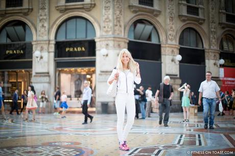 Fitness On Toast Faya Blog Girl Healthy Training Travel Milan Italy Fashion Activewear Gym Clothes Outfit Sporty Chic Look OOTD Hotel Luxury Principe Di Savoia J Brand Louis Vuitton Under Armour Monreal London Duomo-21