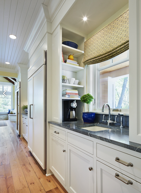 Dream Kitchens: Gleaming, Open, and Fully Loaded