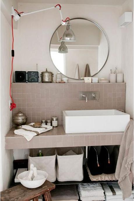 neutral-square-bathroom-tile
