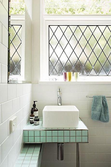 bathroom-tile-lisa-breeze-design-sponge