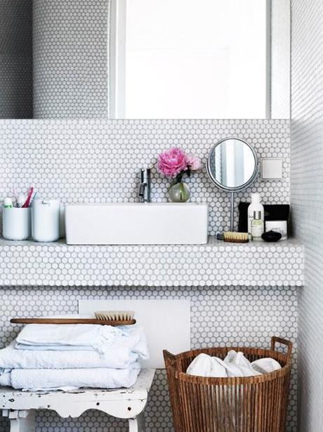 bathroom-penny-tile-sink