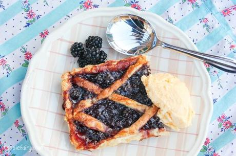 Blackberry tart - jam and pastry recipe