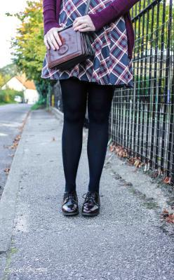 Tuesday Shoesday ~ At the school gates…