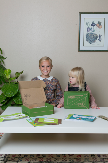 Monthly kid's craft subscription service Kiwi Crate.