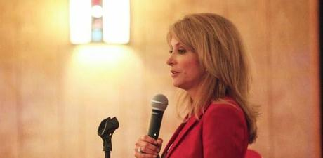 Issues Supported By Wendy Davis -- Working For Women