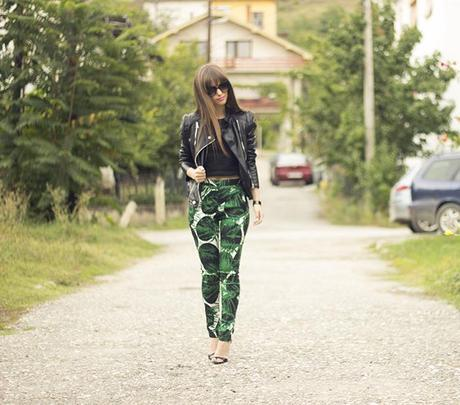 Tropical print for fall