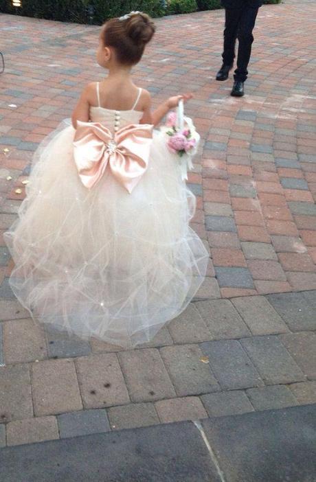 The 20 cutest flower girl dresses