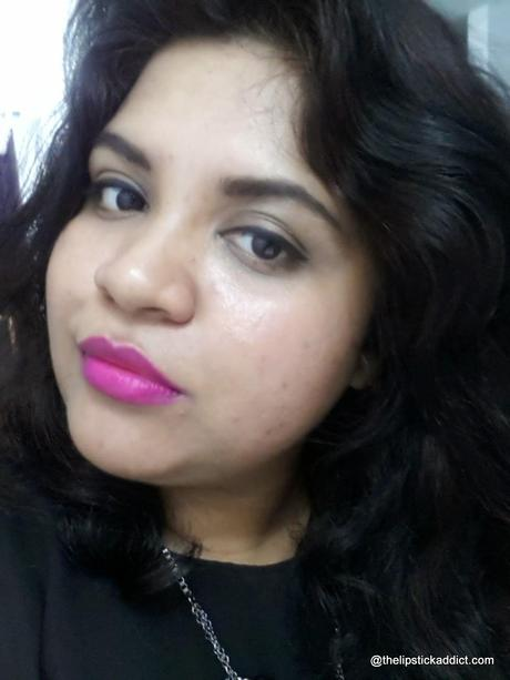 FOTD :: L'oreal Color Riche Moist Matte Lipstick in Glamor Fuchsia