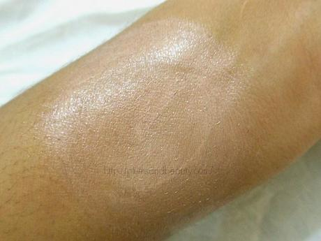 Revlon Age Defying Spa Face Illuminator (010) Bare Light : Review, Swatch, FOTD