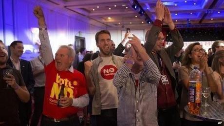 Scottish Referendum and a Kate Copycat Shawl