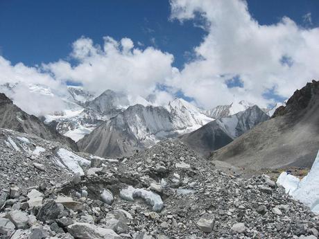 Himalaya Fall 2014: Teams on the Move