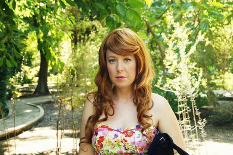 TheMowWay.com  - Floral dress wig