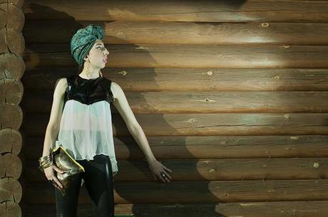 Top, Leggings and snake print leather bag by Laura Moodley Photo by Rhonda Moodley xoxo LLM