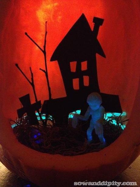 Halloween Mini Garden (3)