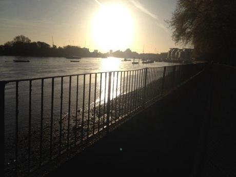 Thames in the morning