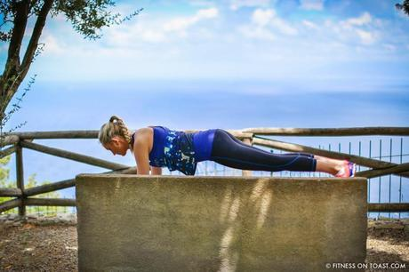 Fitness On Toast Faya Blog Girl Exercise Workout Health Healthy Nutrition Workout Fashion OOTD Sweaty Betty Get Fit For Free Campaign Blog Plank Challenge Core Strength Exercises Travel Hotel Luxury Caesar Augustus Italy Capri Balcony Photography-6