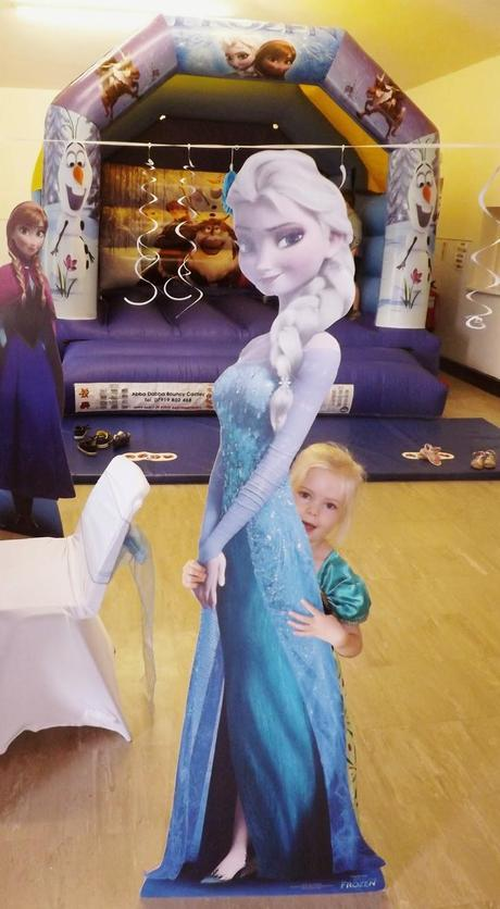 Do You Want To Build A Snowman? A Frozen Birthday Spectacular!