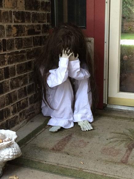 Creepy Little Girl. The Ultimate List of Halloween Bathroom Decorating Ideas   Paperblog