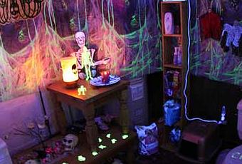 The ultimate list of halloween bathroom decorating ideas for B m halloween decorations