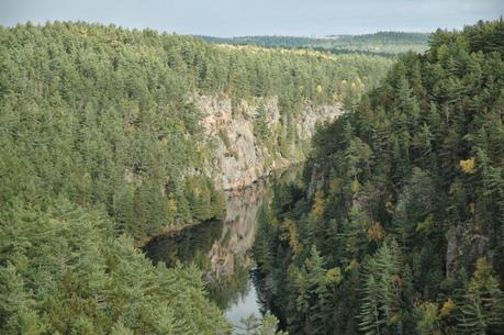 Keira's Provincial Park tours: Barron Canyon Trail, Algonquin Park, Ontario Canada