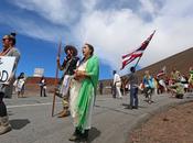 Protesters Halt Mauna Telescope Groundbreaking