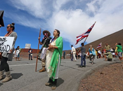 Protesters Halt Mauna Telescope Groundbreaking