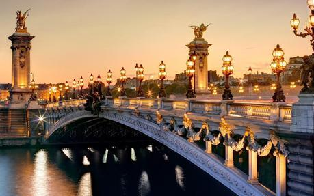 http://pt.best-wallpaper.net/France-Paris-Pont-Alexandre-III-Seine-river-city-lights-night-scenery_1680x1050.html