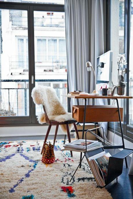 boucherouite-rug-desk-sheepskin