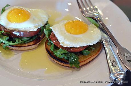 Breakfast Salad Eggs