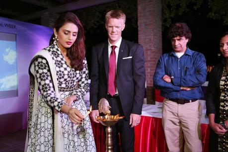 Oriflame India Unveils Professional Color Cosmetics Range - The ONE