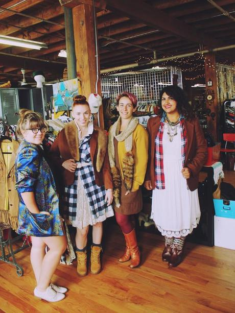 Beehive-Chicago-Vintage-Collective-1