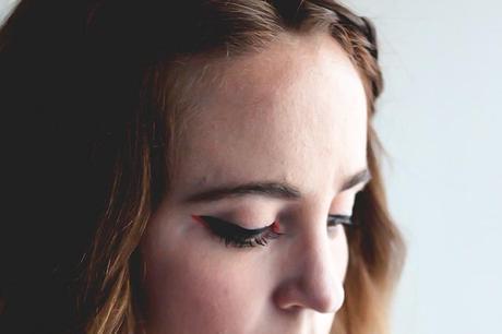 Simple Halloween Makeup // Neutrogena Cleansing Wipes