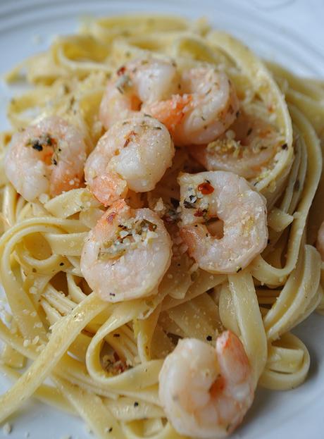 Shrimp Fettuccine Garlic Butter