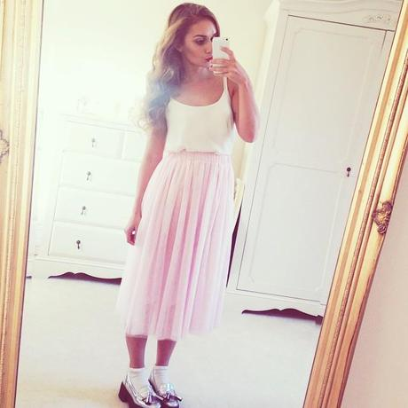 FASHION   4 INSTAGRAM OUTFITS