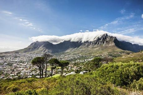 Cape Town under the dramatic outline of Table Mountain. Image by Mlenny Photography / E+ / Getty Images