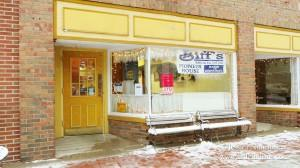 Biff's Pioneer House Bakery and Cafe in Mooresville, Indiana