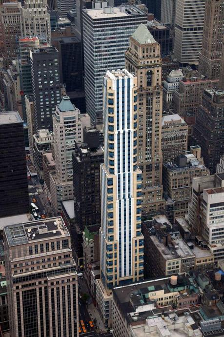 425 Fifth Avenue residential tower by Michael Graves