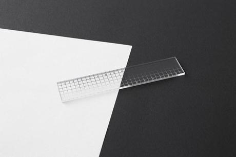 contrast_ruler2