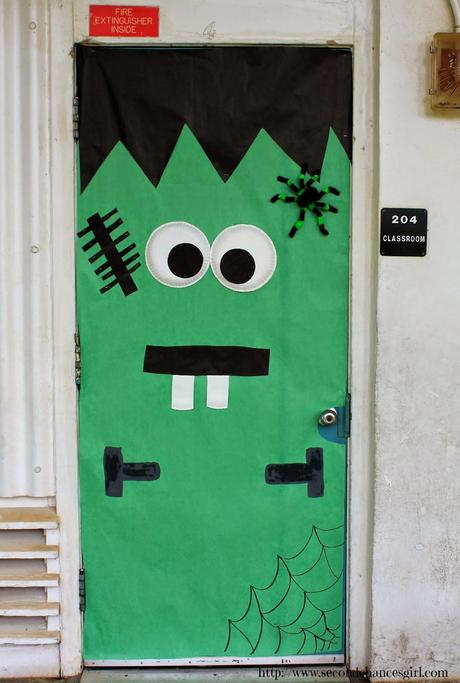 Frankenstein classroom door & Volunteering In The Classroom - Paperblog