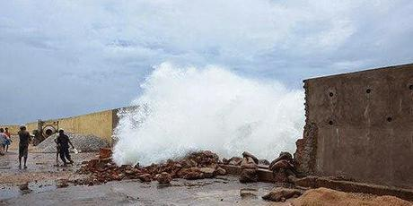 AP Govt initiates immediate action - Hudhud impact - Insurers hit too...